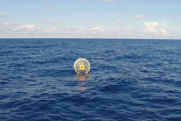 Man drifts ashore trying to run from Florida to Bermuda in 'bubble'