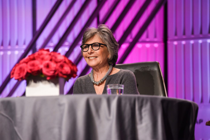Former Sen. Barbara Boxer assaulted and robbed in Oakland