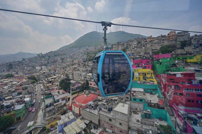 Nine people rescued from dangling cable car in Mexico