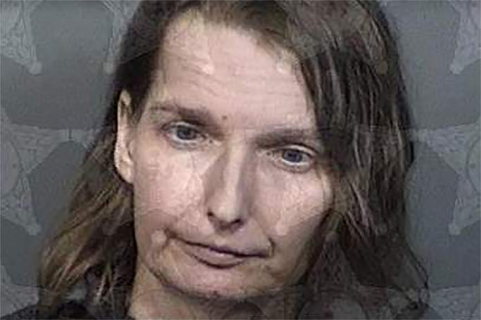Florida woman Melissa Doss charged with keeping autistic child in metal cage
