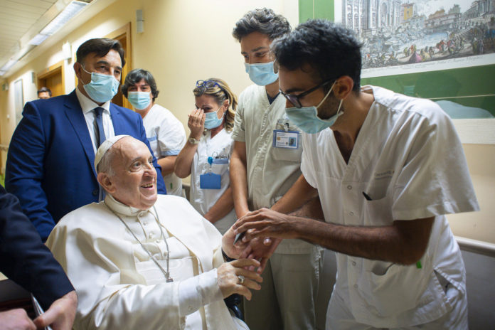 Pope Francis seen leaving hospital 10 days after surgery