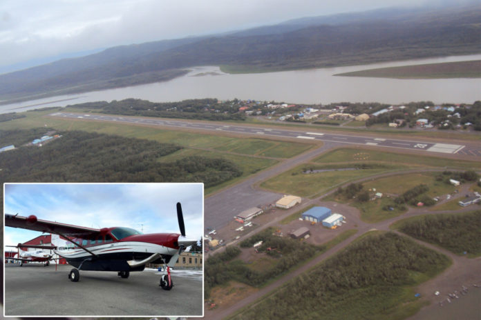 Alaska teen takes control of airplane, sending it into nosedive
