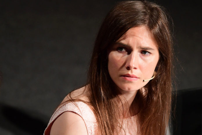 Amanda Knox reveals painful miscarriage in emotional podcast