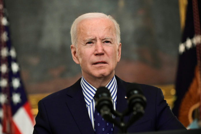 Biden urges states, cities to pay $100 to COVID vaccine holdouts