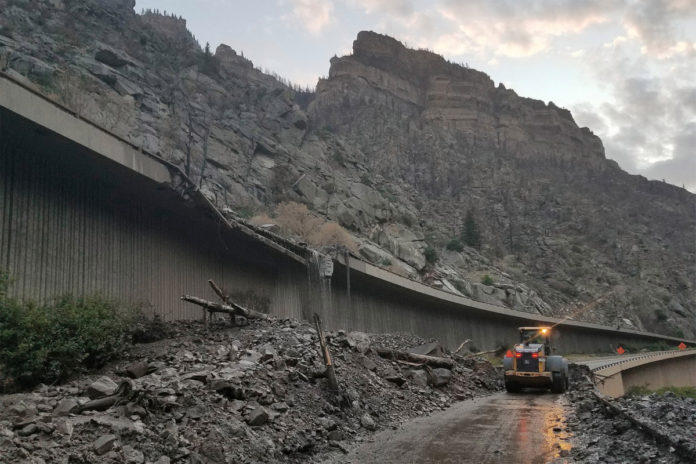 Mudslides in Colorado leave more than 100 stranded after shutting down I-70