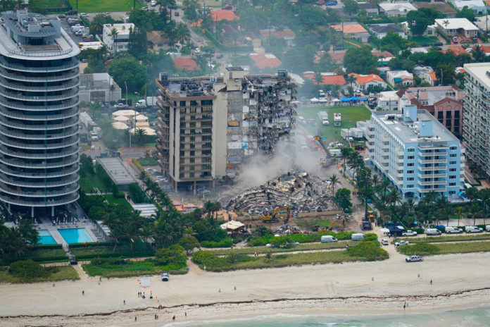 Judge approves sale of Florida building collapse site