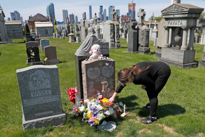US overdose deaths hit record 93K in pandemic last year: CDC