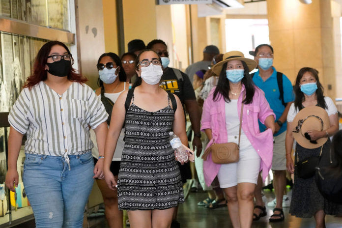 Los Angeles County to restore indoor mask mandate for all