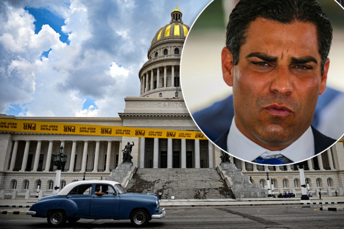 Airstrikes against Cuban regime should be considered, Miami Mayor Suarez says
