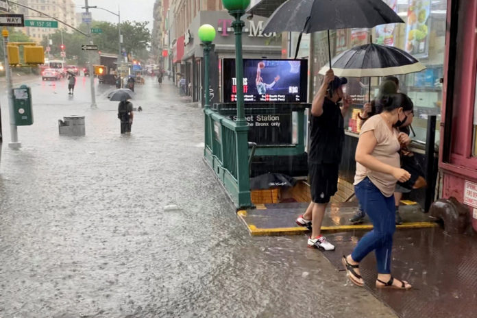 Flood watch issued as stormy weather expected to slam NYC