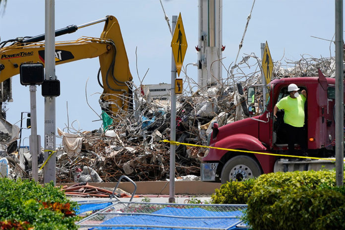 Search for bodies concludes at Florida building collapse site