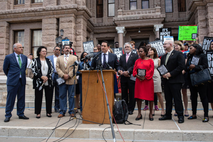 Texas Democrats planning to flee state to block voting bill