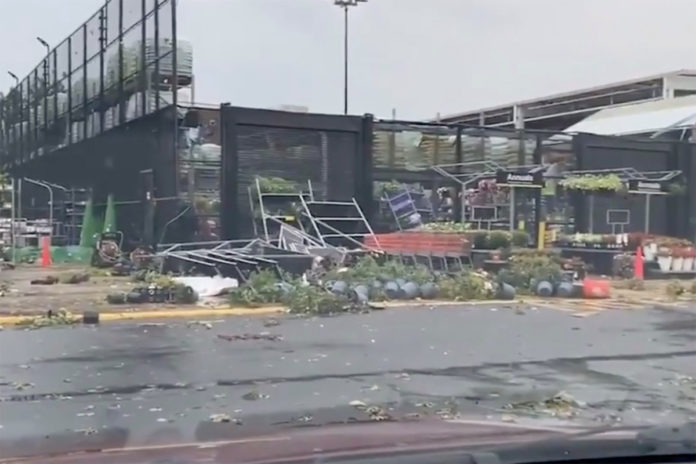 At least 5 injured after powerful tornado rips through Pennsylvania