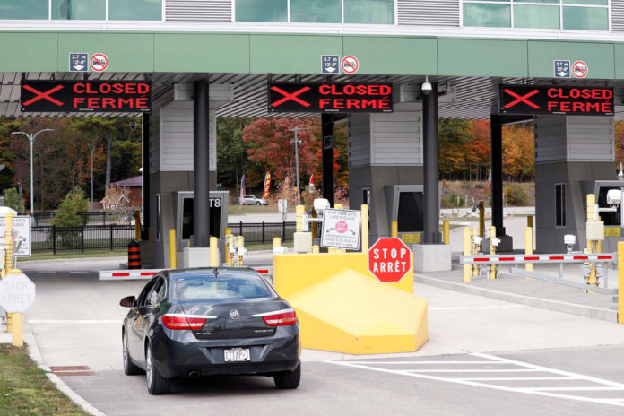 Canadian government, border staff reach deal, ending strike
