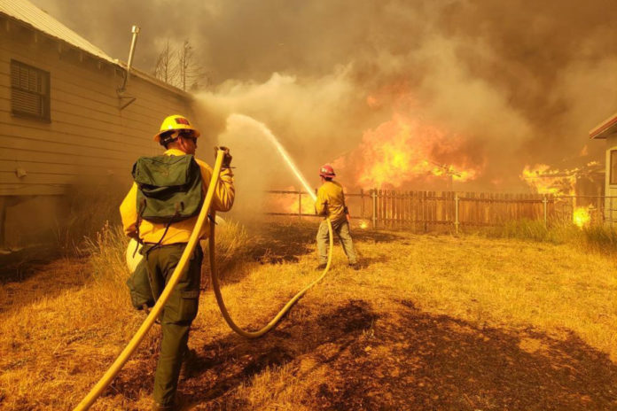 California firefighters face guns when trying to rescue residents from blazes