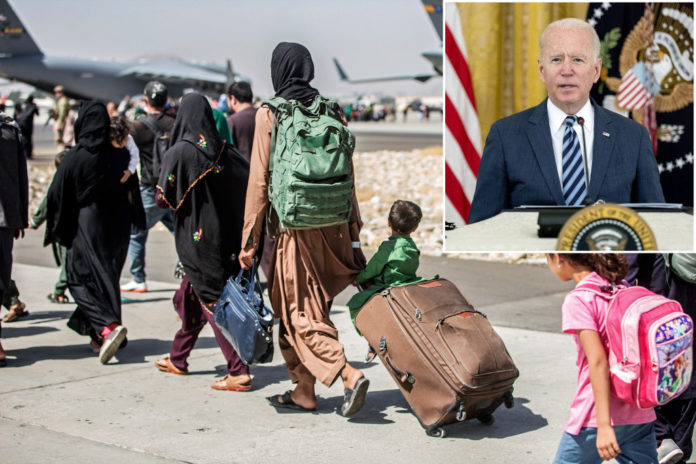 Biden's audio feed cuts as he snarks at reporter's Afghanistan question