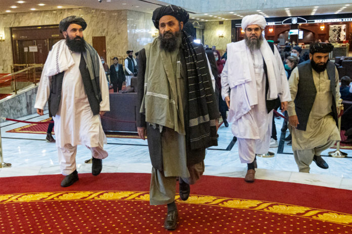 Taliban leader returns from exile to live in Afghanistan
