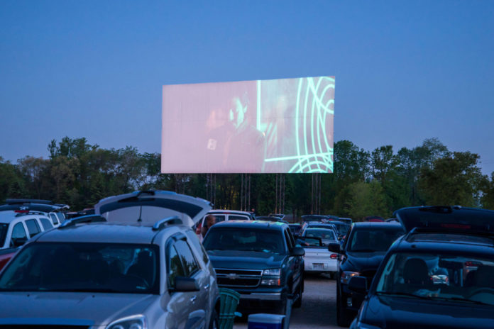 Moviegoer struck by lightning at Minnesota drive-in: authorities