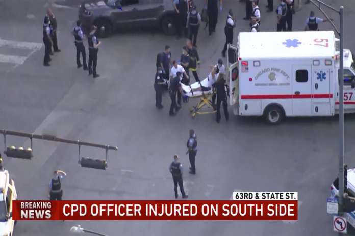 Chicago cop hospitalized after dragged by car during traffic stop