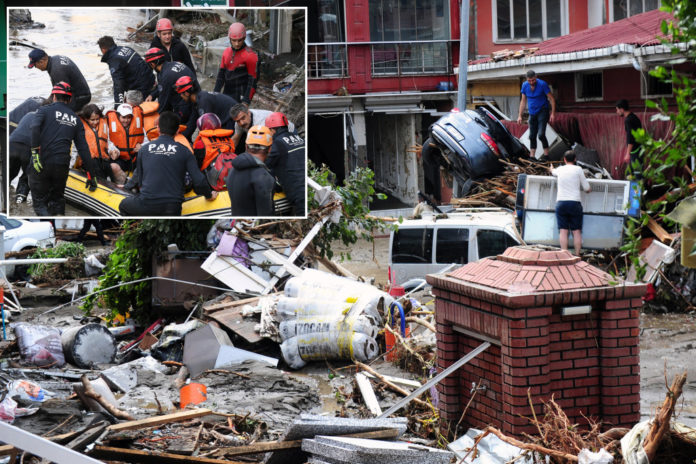 Turkish floods' death toll climbs to 44 with hundreds missing