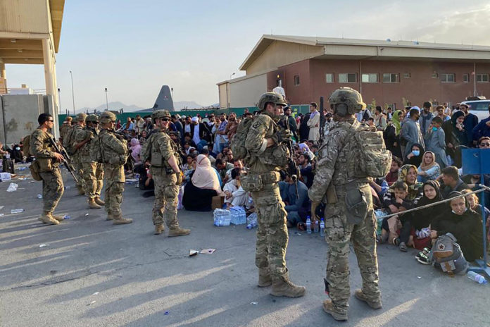 US evacuates 3,000 more people from Afghanistan -- but some planes still taking off empty