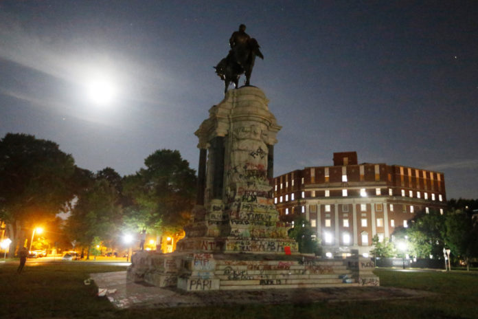 Robert E. Lee statue in Richmond, Virginia to be removed