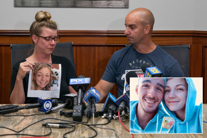Gabby Petito's mom says texts might not be from her daughter