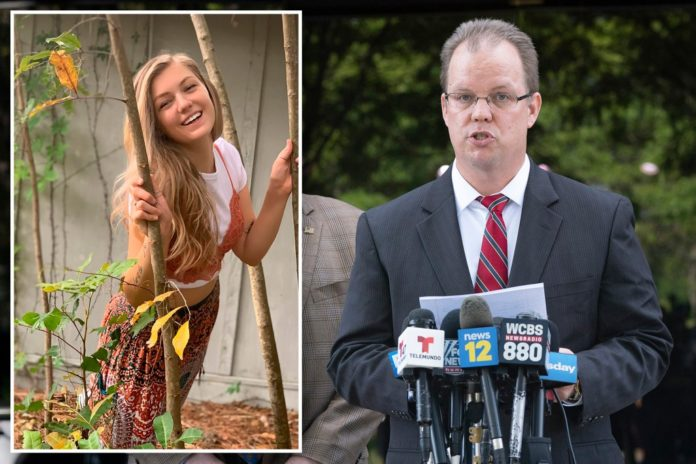Petito's family lawyer threatens to sue Laundrie's attorney