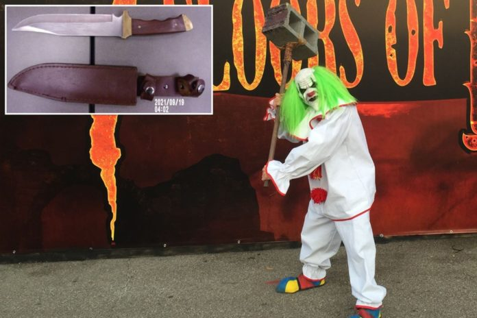 Haunted house actor stabs Ohio boy with real hunting knife