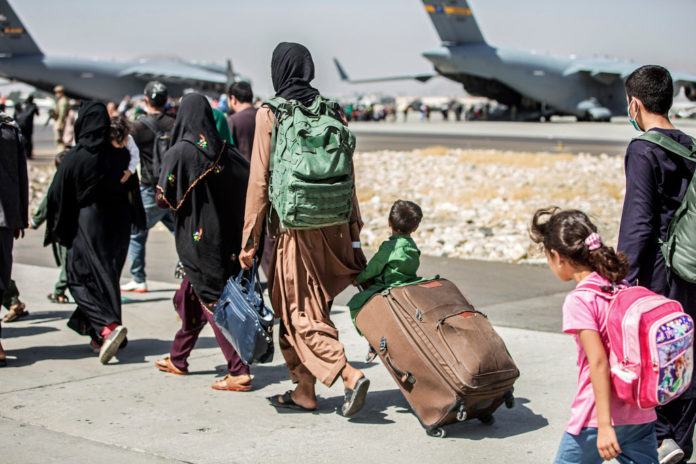 Hundreds of US citizens, green card holders still in Afghanistan