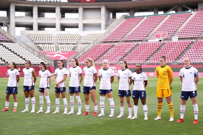 US Soccer offers unisex contracts, denies gender bias