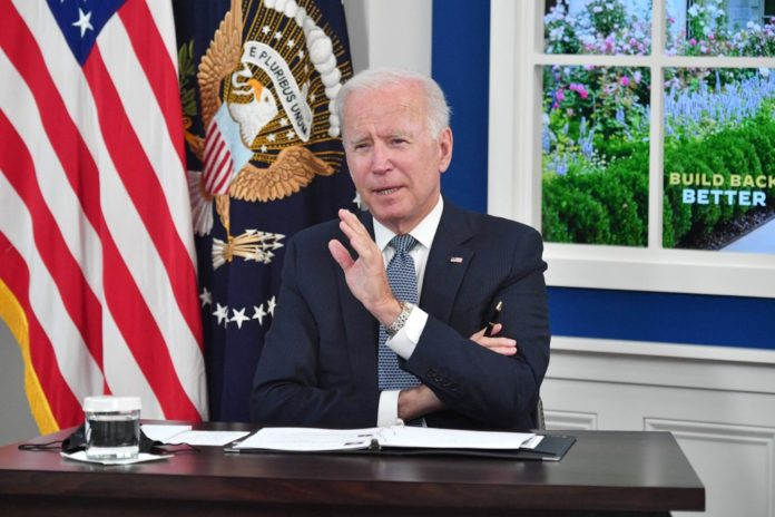 Biden claims debt 'meteor' will 'crash into economy' amid limit dithering