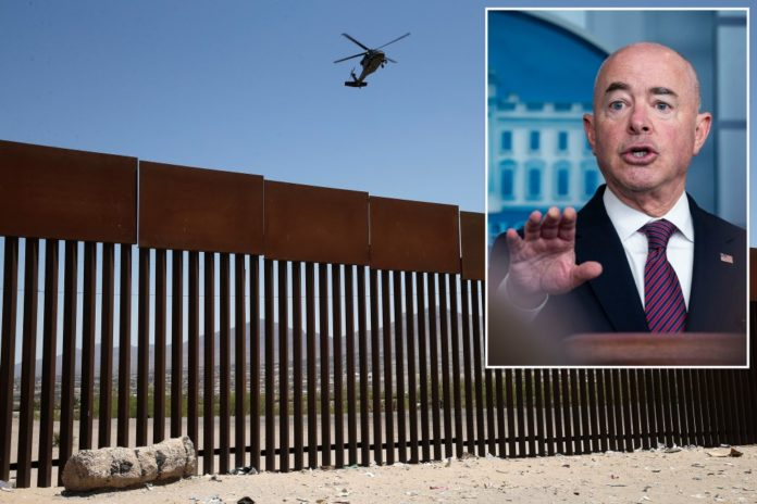 Texas border wall contracts cancelled amid migrant crisis