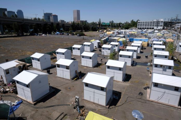 Portland to set up homeless villages with electricity